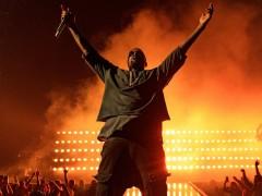 《GQ》点评 Kanye West 为 2015 年度时尚先生
