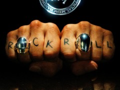傻瓜庞克来了!Daft Punk 以经典复古海报设计发布新系列单品