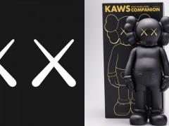 实力派潮流收藏家注意!KAWS 经典人气搪胶公仔在 Phillips 展开限时线上拍卖