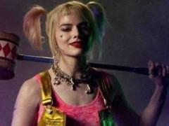 这个小丑不是 JOKER 啦!小丑女全新电影《 猛禽小队 》新预告竟然和 「 牠 IT 」有关?