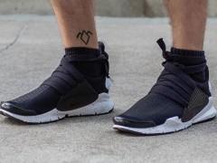 武士变形 ‧ 设计师 Eske Schiralli 重新自製 Nike「Strap Dart」