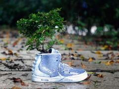 东西艺术交融 ‧ Sneaker Homie 打造别注 Nike Air Yeezy 2 陶瓷花瓶