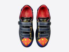 超级英雄也时尚 ‧ Valentino 推出 2016「超级英雄」系列运动鞋款