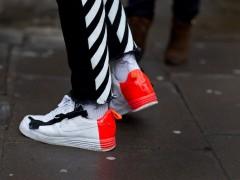 属于球鞋的时尚.鉴赏伦敦男装週新一波足上穿搭