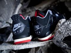 """据传 Air Jordan IV """"Bred"""" 将于 2016 年黑色星期五搭载 Nike Air 标誌回归"""