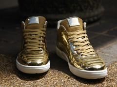 """三十二队皆可搭 液态金属风再启 Nike Tiempo '94 Mid """"Liquid Gold"""""""