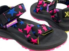 X-Girl X TEVA共同打造街头潮流女孩定番鞋款