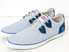 英伦纯正血统的ADMIRAL鞋款展现艳夏海军时尚风格