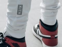 运用Air Jordan 1 演绎 KITH 服装,设计师 Ronnie Fieg 尽现运动时尚!